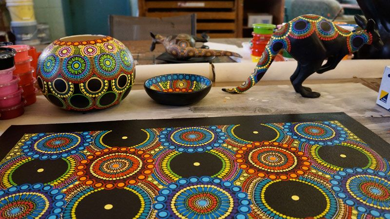 Exemples of aboriginal art at Keringke Arts Centre