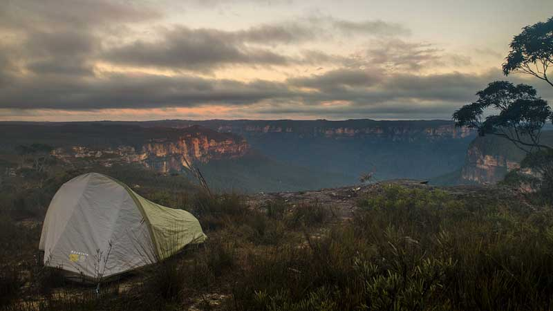 Australian-adventures,-camping-in-the-Blue-Mountains---Vern
