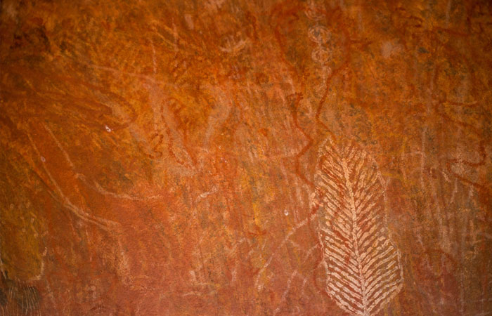 Uluru-rock-paintings---Lucy-Piper