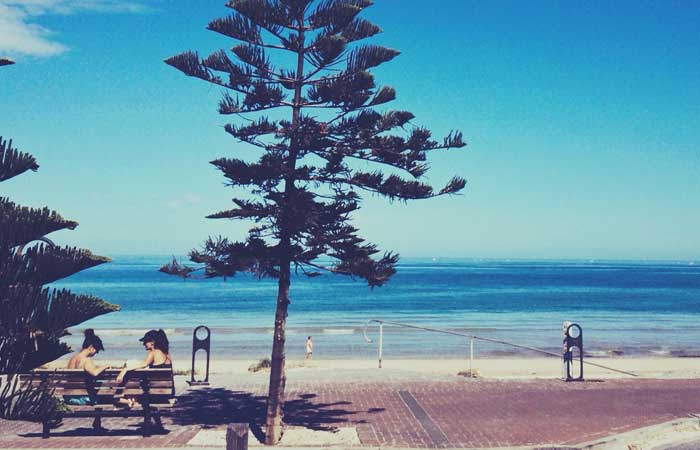 Adelaide-Henley-Beach---Michelle-Robinson