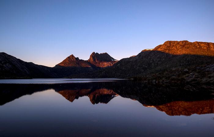 Tasmania-Cradle-Mountain-Dove-Lake---Tasmania-Tourism