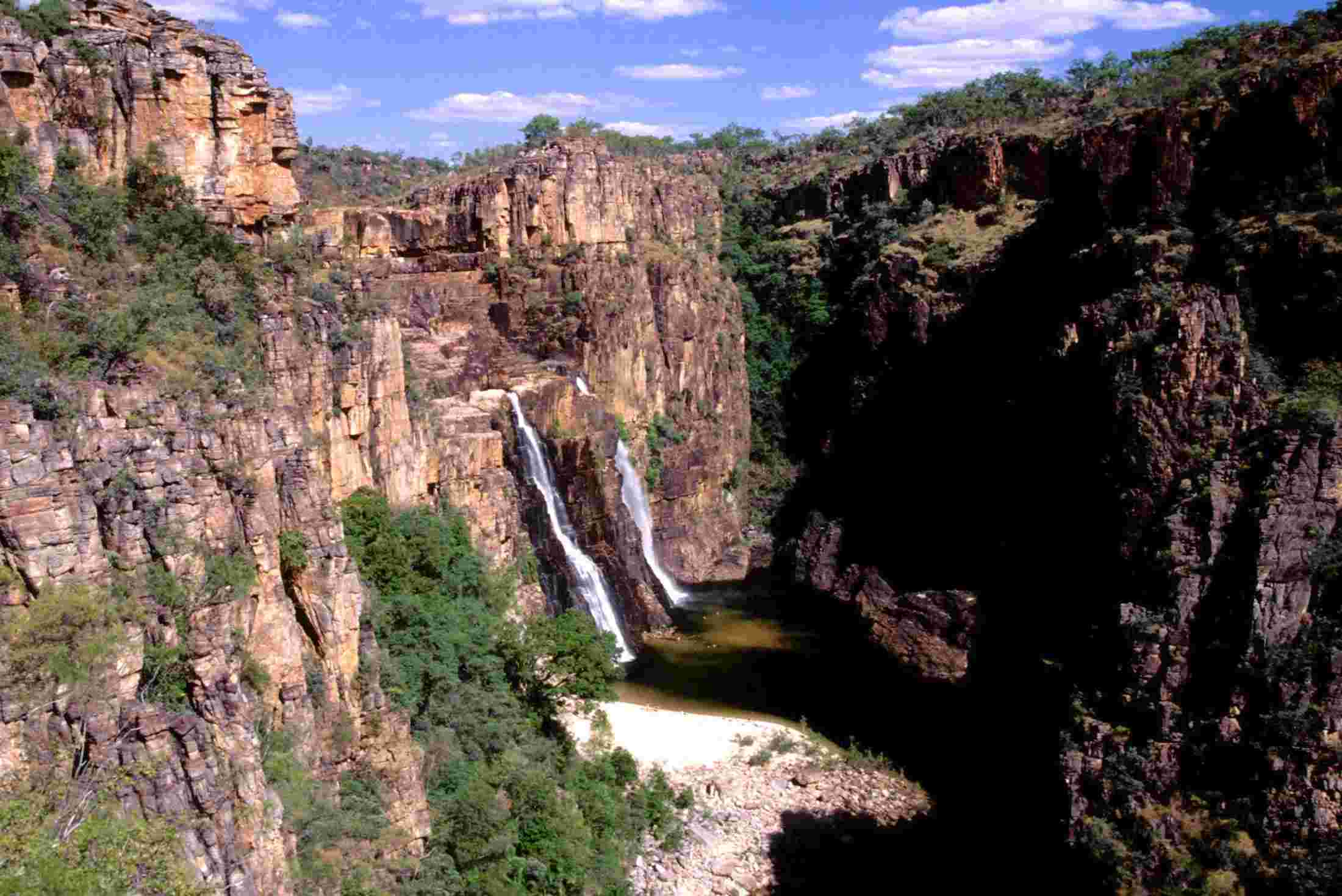Northern Territory Tours Travel Trips Adventure Tours AU - 11 things to see and do in kakadu national park